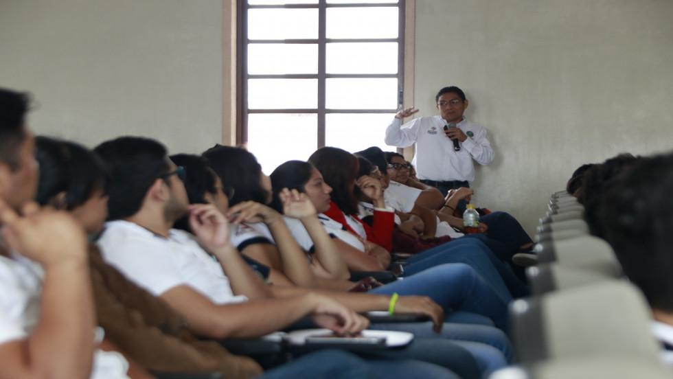 Pláticas de Prevención del Delito en la Universidad de Valladolid.