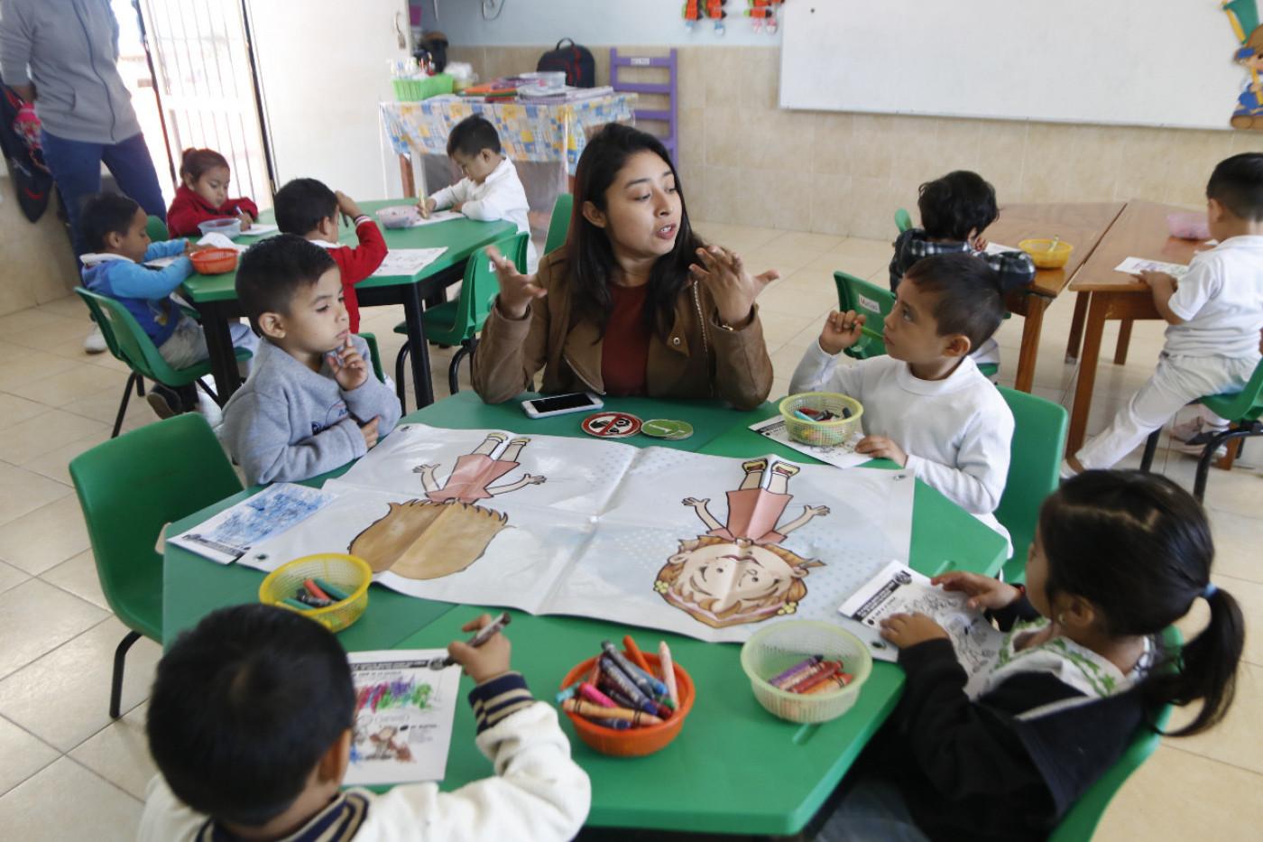 Visita al Jardín de niños U'najil U'xook en Chocholá