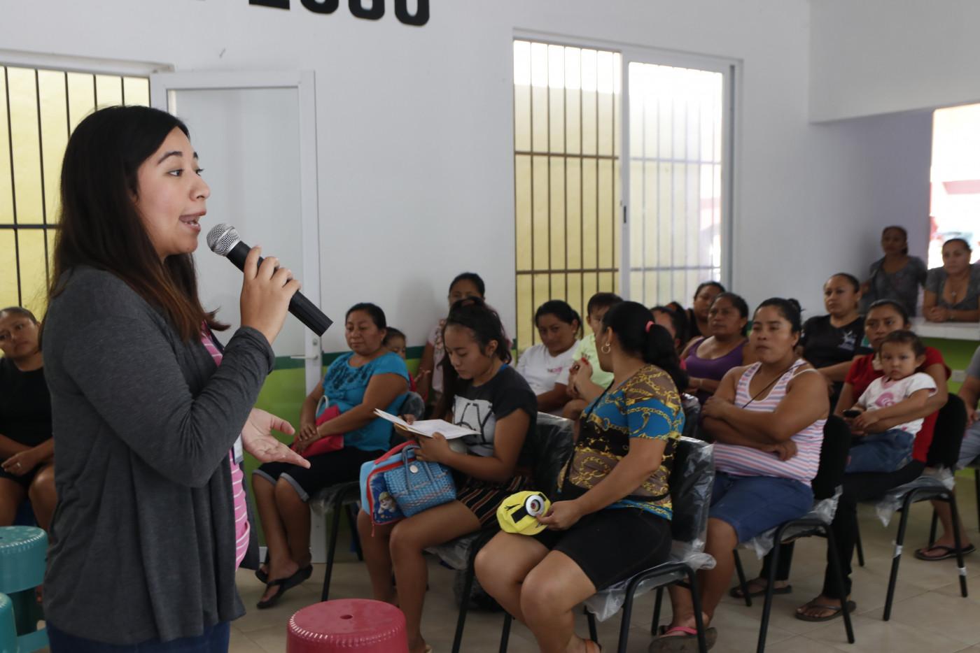 Visita a la primaria Francisco Javier Mina en el municipio de Quintana Roo