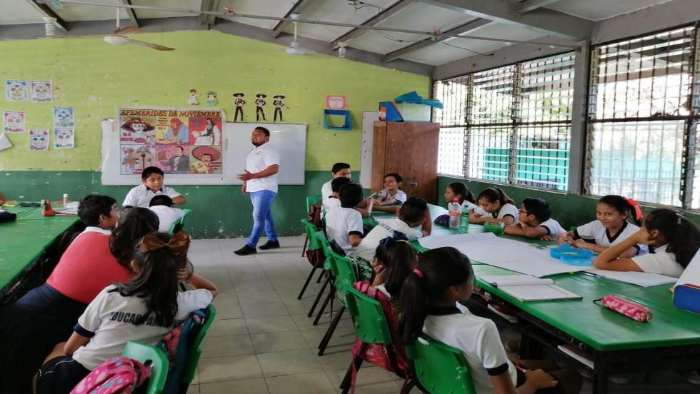 """Programas de prevención del delito en la primaria """"José C. Peniche Fajardo"""""""