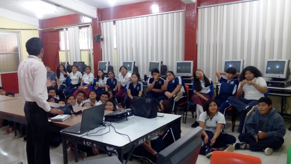 """Programas de prevención del delito en la escuela primaria """"Elvia Carrillo Puerto"""""""