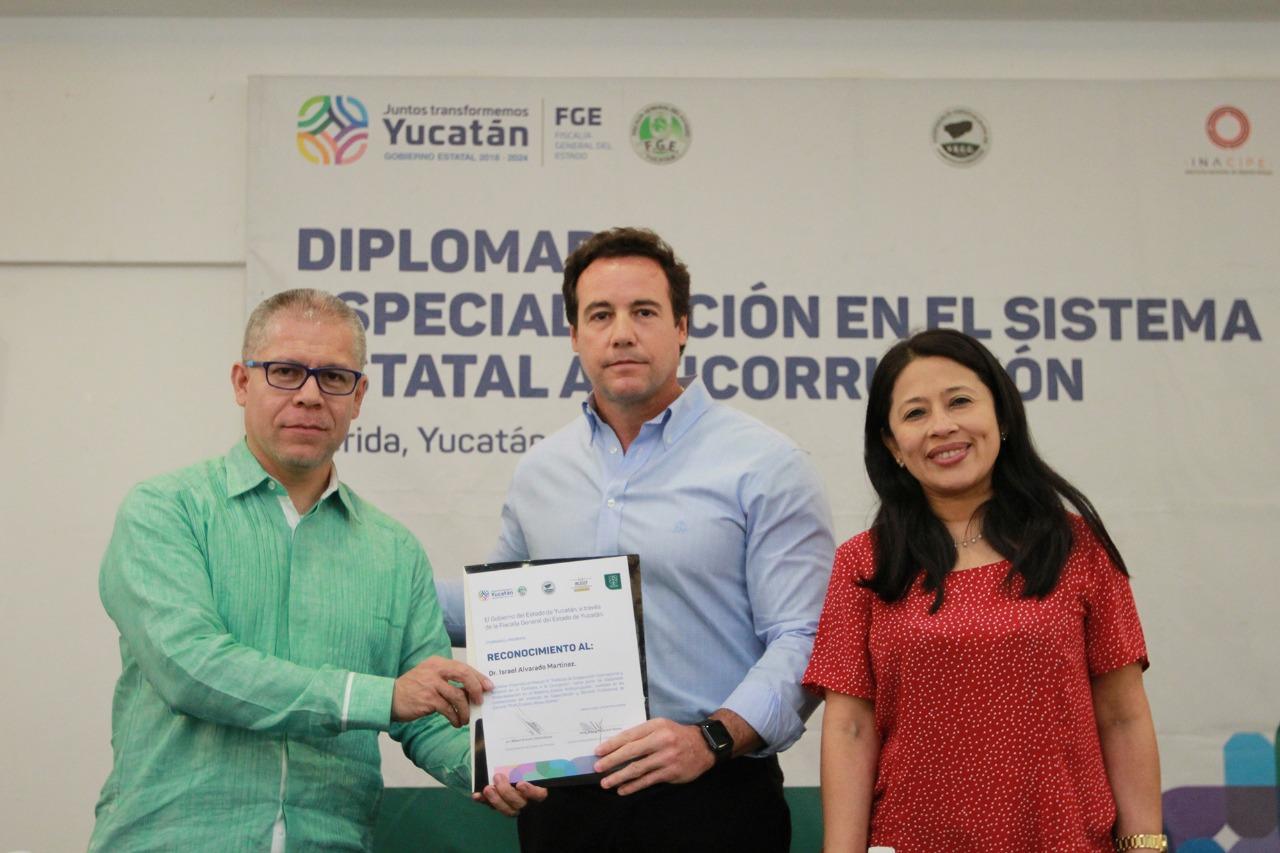 Concluye con éxito Diplomado de Especialización contra la corrupción