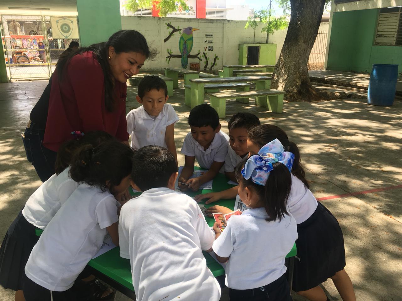 Visita a la Escuela Primaria Emiliano Zapata