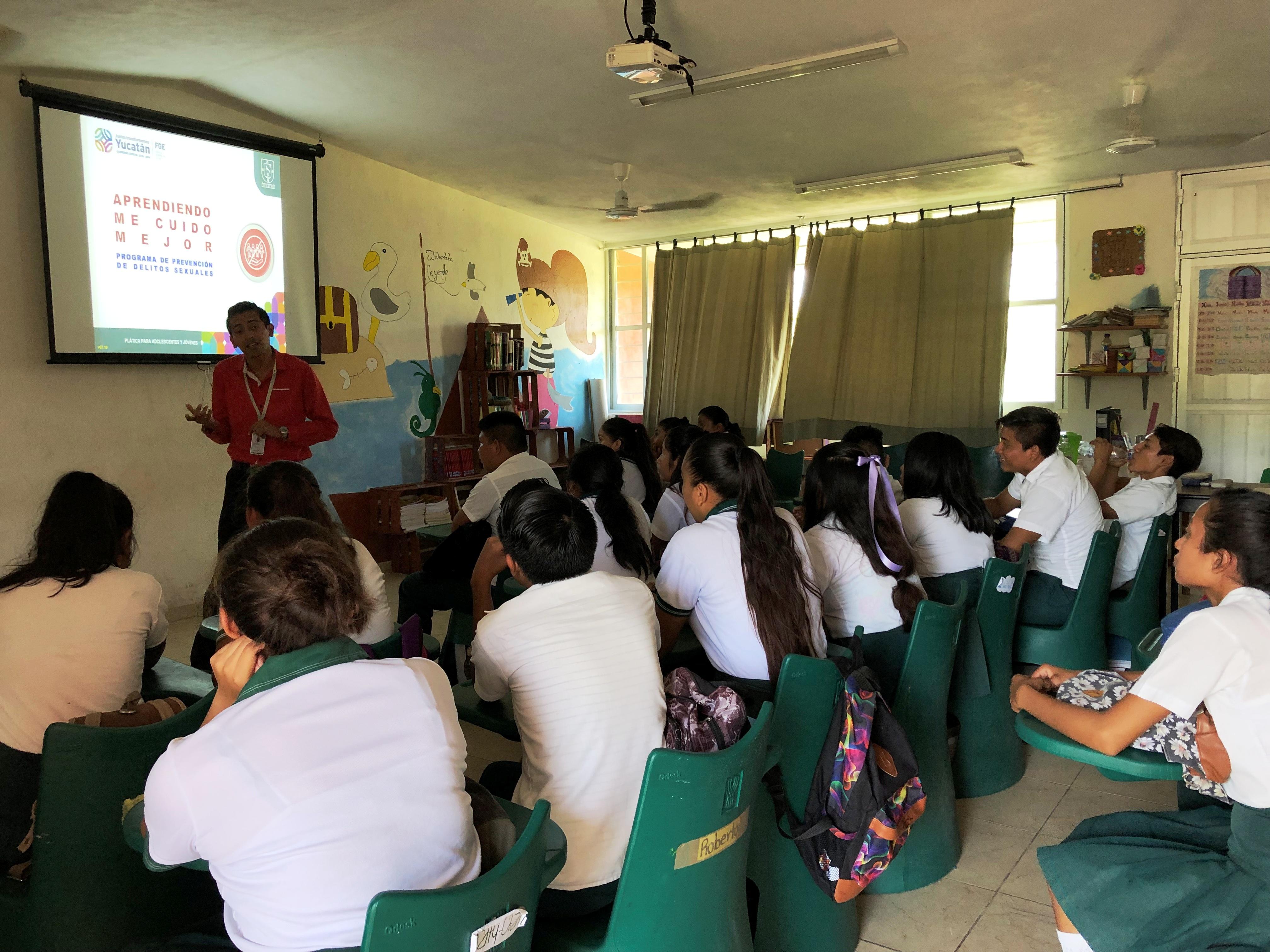 Visita a la telesecundaria Edmundo Bolio Ontiveros en Tizimín. Pláticas de Prevención del Delito.