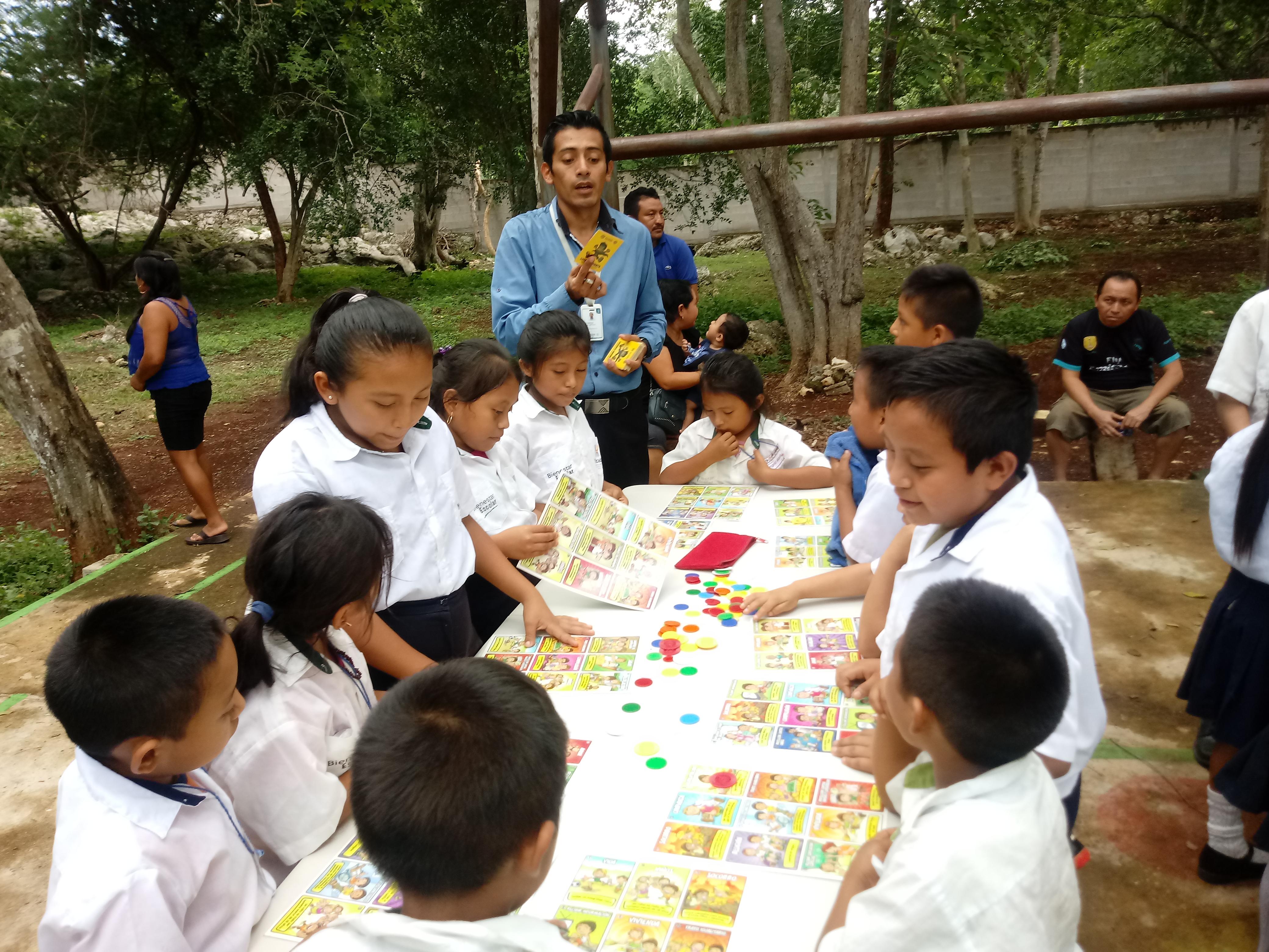 Feria de Prevención del Delito en la escuela Aquiles Serdan de Xcatun y Xcopteil en Chankom