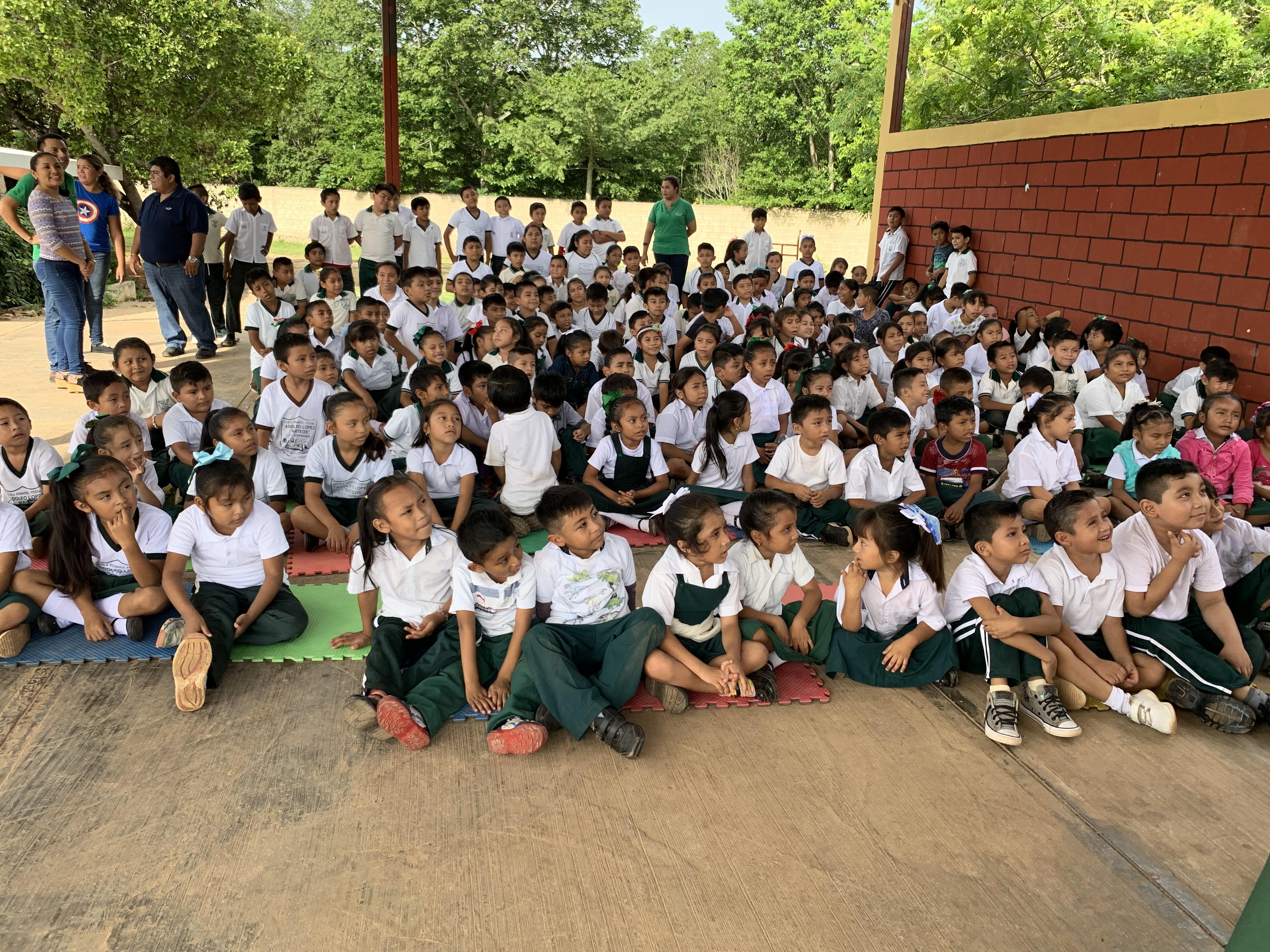 Programas de Prenvención del Delito en la primaria Adolfo López Mateos en Huhí